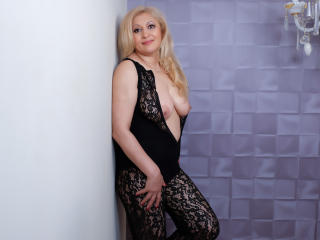MatureEroticForYou - Video chat sexy with a blond Lady over 35