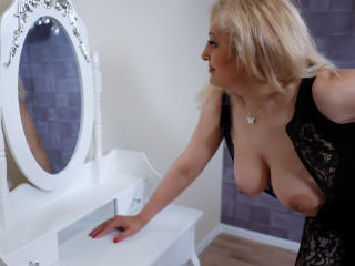 MatureEroticForYou - Webcam live xXx with this shaved sexual organ Sexy mother