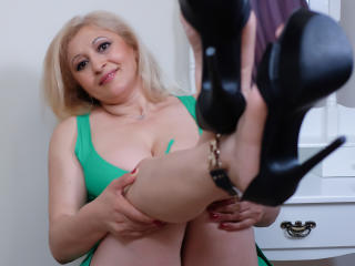 MatureEroticForYou - Live cam hot with this being from Europe Lady over 35