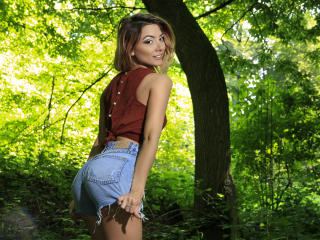 LaraJoy - Chat cam x with this gaunt Hot chicks