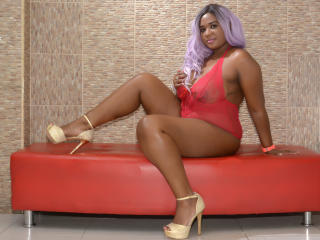 MelanyRose - Sexy live show with sex cam on XloveCam