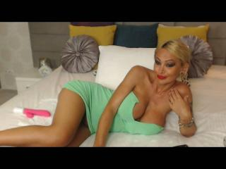 SexyCynthyaX - Video chat porn with a blond Hot lady