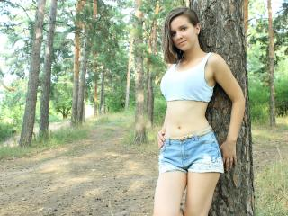 VladaBreeze - Sexy live show with sex cam on XloveCam®