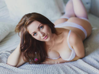 MaggieFire - Sexy live show with sex cam on XloveCam®