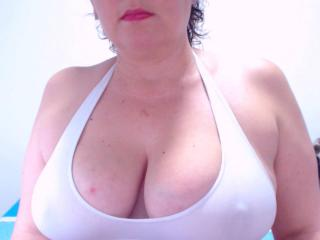 NatachaFoxy - Sexy live show with sex cam on XloveCam®