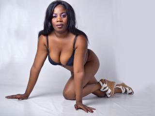 Sexy nude photo of LizParker69