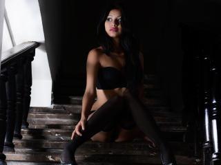 Sexy nude photo of EmilyWatson