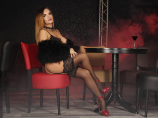 JolieKarisa - Chat cam nude with this gaunt Sexy babes