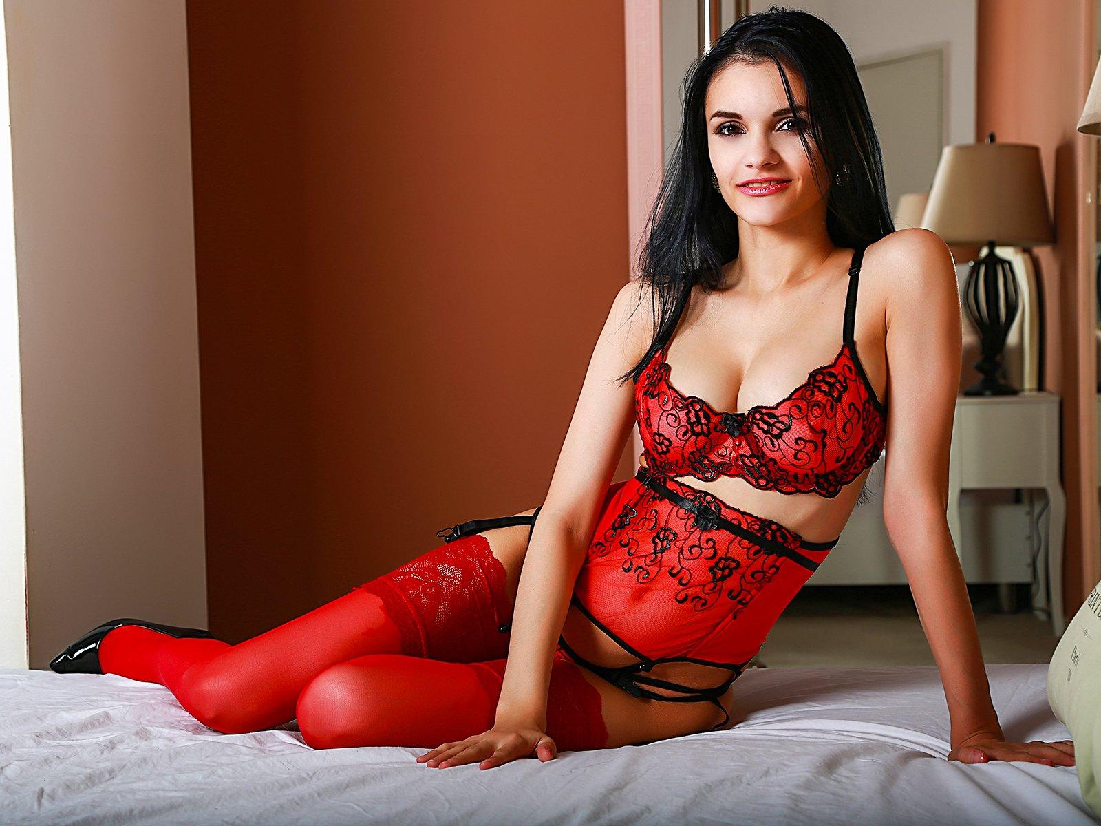 Alizze Sex cutiealizee - females 18-34 - 20 years old