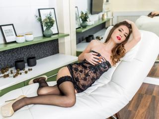 Sellenia - Sexy live show with sex cam on XloveCam®