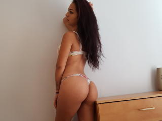 Sexy nude photo of emmahot69