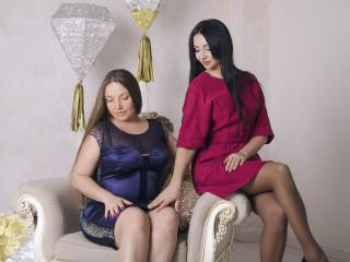 NikaXRysa - Show sex with this regular body Woman having sex with other woman