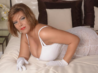 ChristinneHot - chat online exciting with a MILF with giant jugs