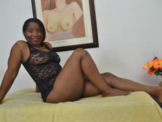 SohaSmith - Sexy live show with sex cam on XloveCam®