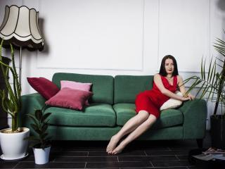 Sexy nude photo of SamiraHorny