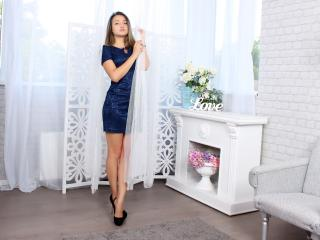 Esmi - Sexy live show with sex cam on XloveCam®