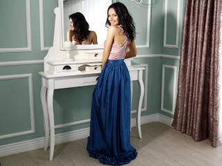 IreneCurtiz - Webcam live hot with a toned body Girl