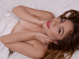 Lygia - Cam sex with a Girl with large ta tas