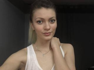 SophieRush - Sexy live show with sex cam on XloveCam®