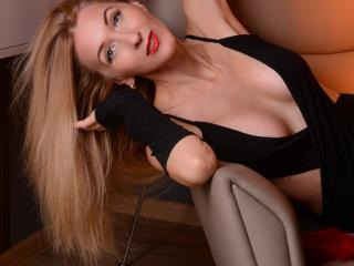 LadyLea - Show live sexy with this sandy hair Mature