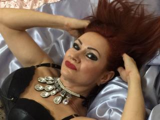 Sexy nude photo of AnnaRossier