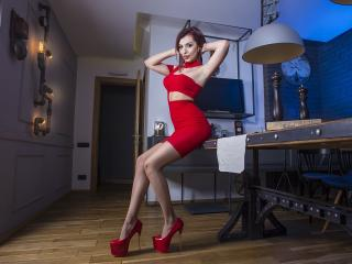 KylieVega - Sexy live show with sex cam on XloveCam®
