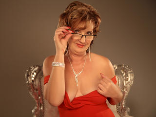 ExperiencedAlana - Live chat nude with a fair hair Lady over 35