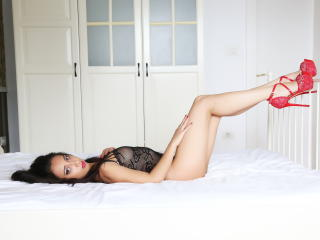 ErickaDeep - Sexy live show with sex cam on XloveCam®