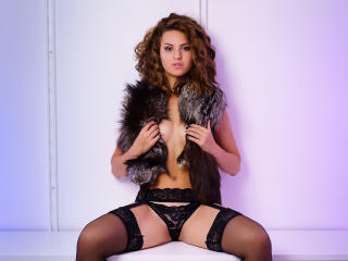 MeganDarcey - Sexy live show with sex cam on XloveCam®