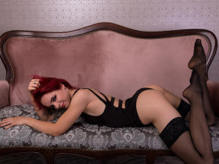 JessyFox - Sexy live show with sex cam on XloveCam®