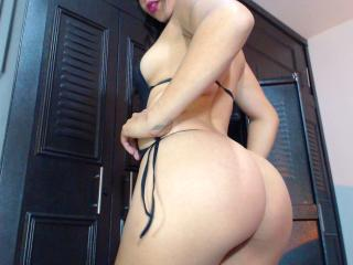 SofiLorem - Sexy live show with sex cam on XloveCam®