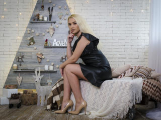 MillySexy - Show sexy et webcam hard sex en direct sur XloveCam®