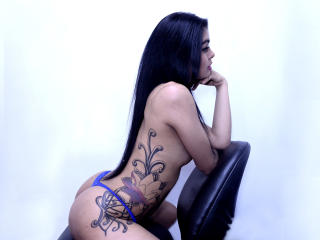 SofiLatina69 - Sexy live show with sex cam on XloveCam®