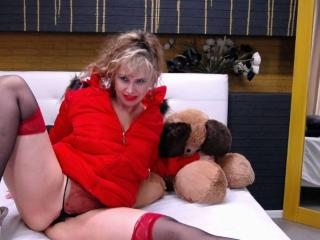 LadyMariahX - Video chat nude with this shaved genital area Mature