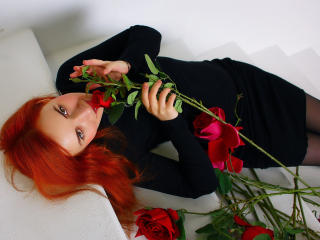 LoraPreston - Sexy live show with sex cam on XloveCam®