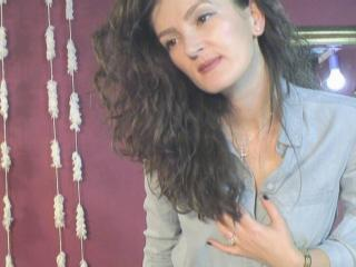 EmmaBrie - Sexy live show with sex cam on XloveCam®