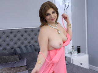 ExoticGiselleX - Show sexy et webcam hard sex en direct sur XloveCam®