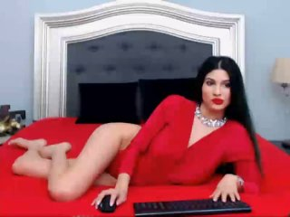 LaraVane - Sexy live show with sex cam on XloveCam®