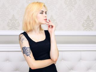 MyRose - Live cam sexy with this golden hair Young and sexy lady
