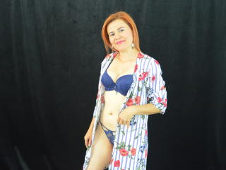 XiomaraSuarez - Live cam x with a lady over 35