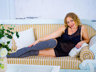 SimonaMartin - Live sex cam - 7054934