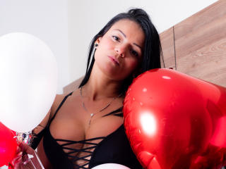 VeronicSaenz - Live sex cam - 7813644