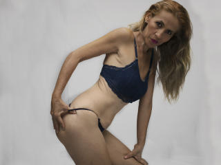 KrytalMature - Live sex cam - 7882624