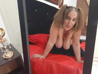 SachaMature - Live sex cam - 7996884