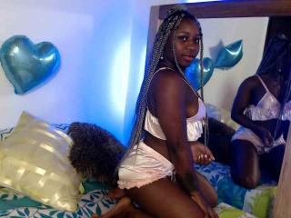 LaurynSweety - Live sex cam - 8158584