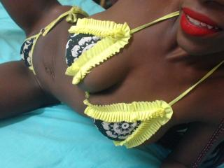 BigTitsHard - chat online hard with this trimmed vagina Girl