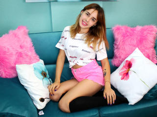 HottyFilleX - Webcam live x with a russet hair Nude 18+ teen woman