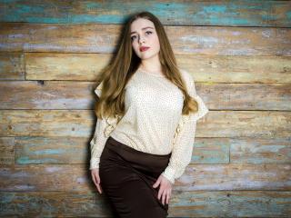 Photo de profil sexy du modèle AdelynSweet, pour un live show webcam très hot !