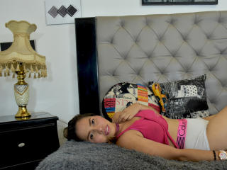 Picture of the sexy profile of PamelaPossi, for a very hot webcam live show !