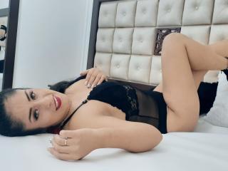 תמונת פרופיל סקסית של KrystalRosse למופע חי מאוד סקסי!